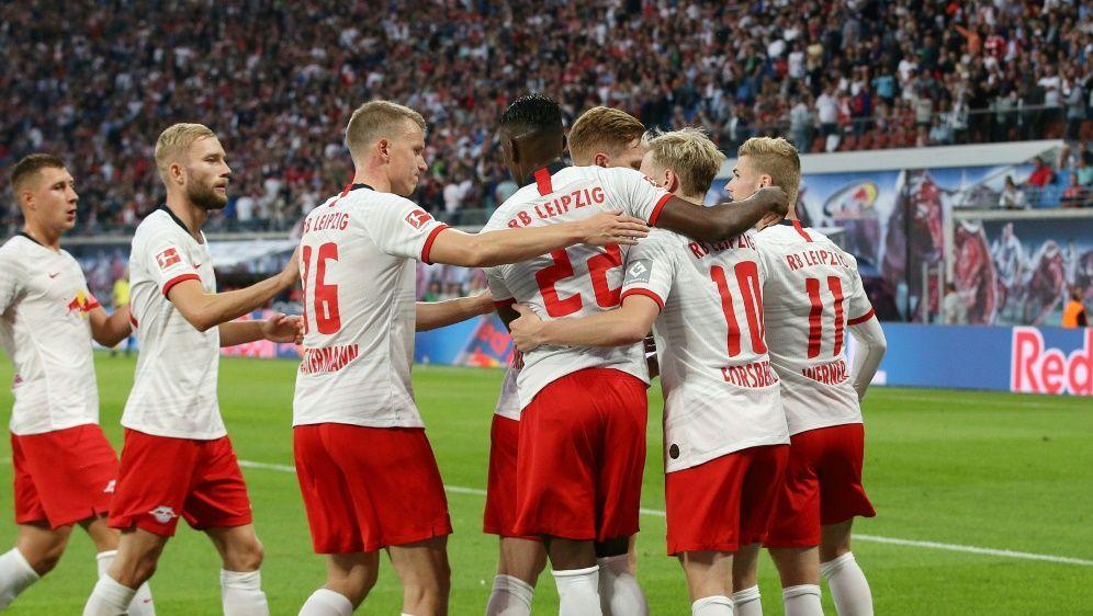 Leipzig besiegt Mainz mit 8:0 und stellt Rekord auf - Bildquelle: FIROFIROSID