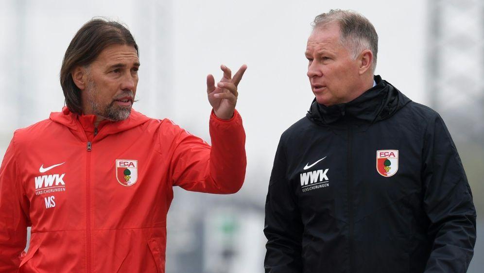 Für Reuter (r.) steht Trainer Schmidt nicht infrage - Bildquelle: AFPSIDCHRISTOF STACHE
