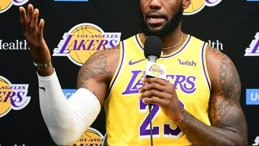 LeBron James trifft mit den Lakers in China auf die Nets - Bildquelle: AFPSIDFREDERIC J. BROWN