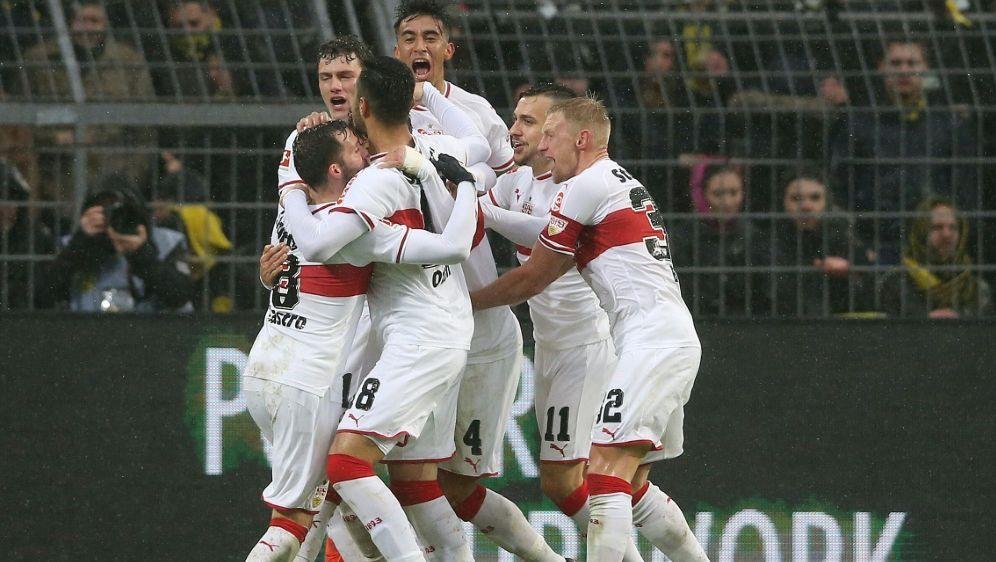 Der VfB Stuttgart sichert sich den Relegationsplatz - Bildquelle: FIROFIROSID