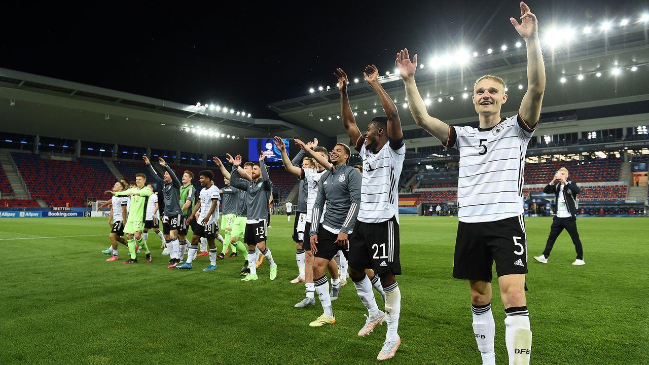EM-Finale! Die Partybilder der deutschen U21 - Bildquelle: UEFA