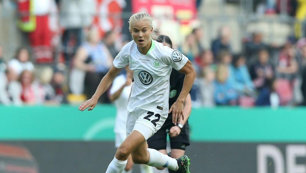 Pernille Harder erzielte den Siegtreffer für den VfL - Bildquelle: FIROFIROSID
