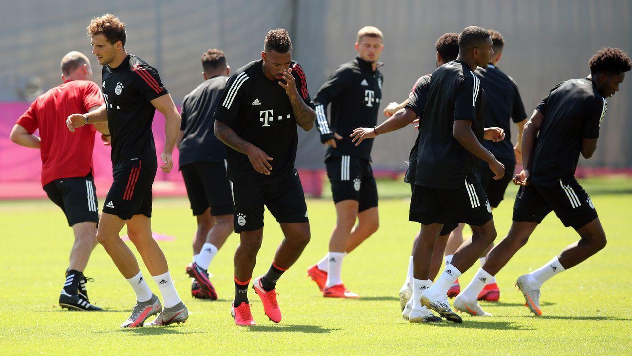 Das gesamtes Aufgebot des FC Bayern München für Lissabon - Bildquelle: imago images/FC Bayern München