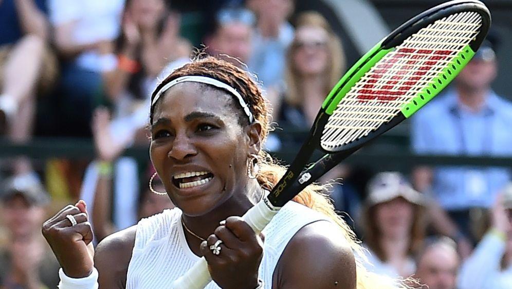 Serena Williams ist in Wimbledon eine Runde weiter - Bildquelle: AFPSIDGlyn KIRK