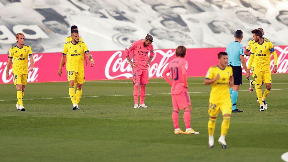 Meister Real Madrid muss eine peinliche Heimpleite gegen Cadiz hinnehmen - Bildquelle: Getty Images