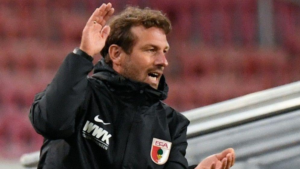 FCA: Weinzierl startet am 1. Juli in Saisonvorbereitung - Bildquelle: AFPSIDTHOMAS KIENZLE