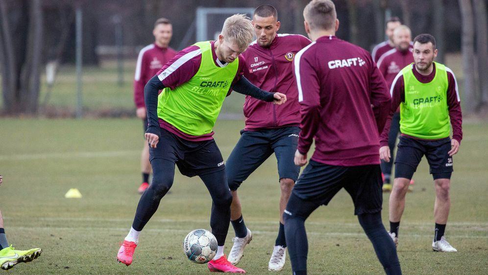 Dynamo Dresden nimmt Training wieder auf - Bildquelle: Imago