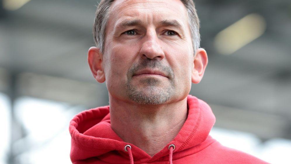 Heißer Kandidat in Köln: Achim Beierlorzer - Bildquelle: FIROFIROSID