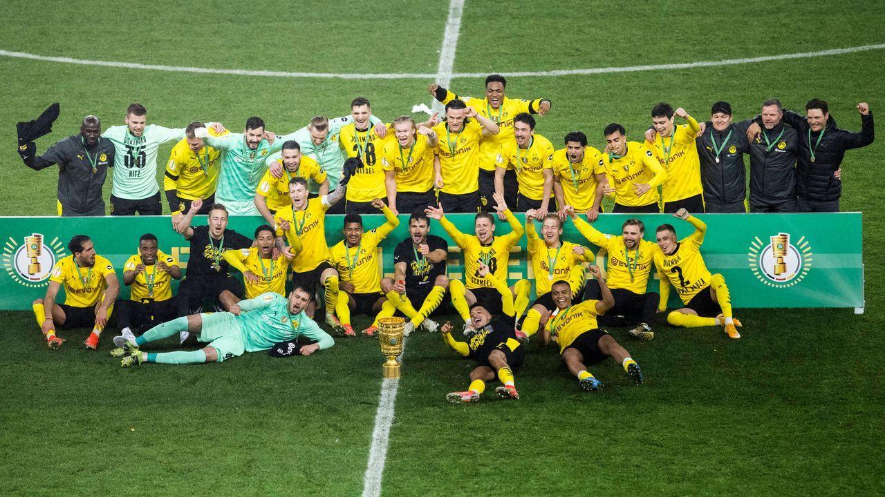 Fairstes Team der Saison: Borussia Dortmund - Bildquelle: imago images/Mika Volkmann