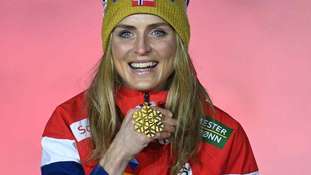 Gewann viermal Gold: Therese Johaug - Bildquelle: AFPSIDCHRISTOF STACHE