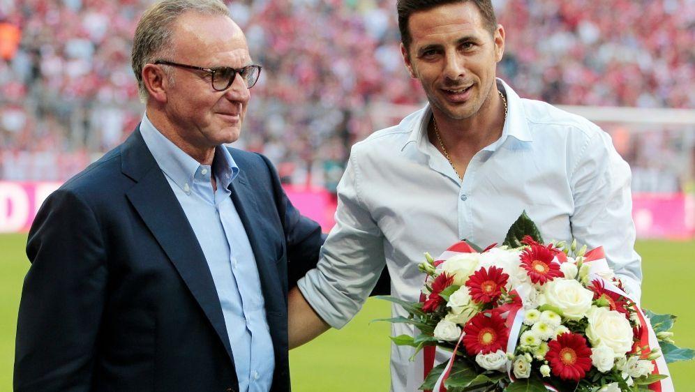 Mit dem FC Bayern gewann Pizarro sechs Meisterschaften - Bildquelle: FIROFIROSID