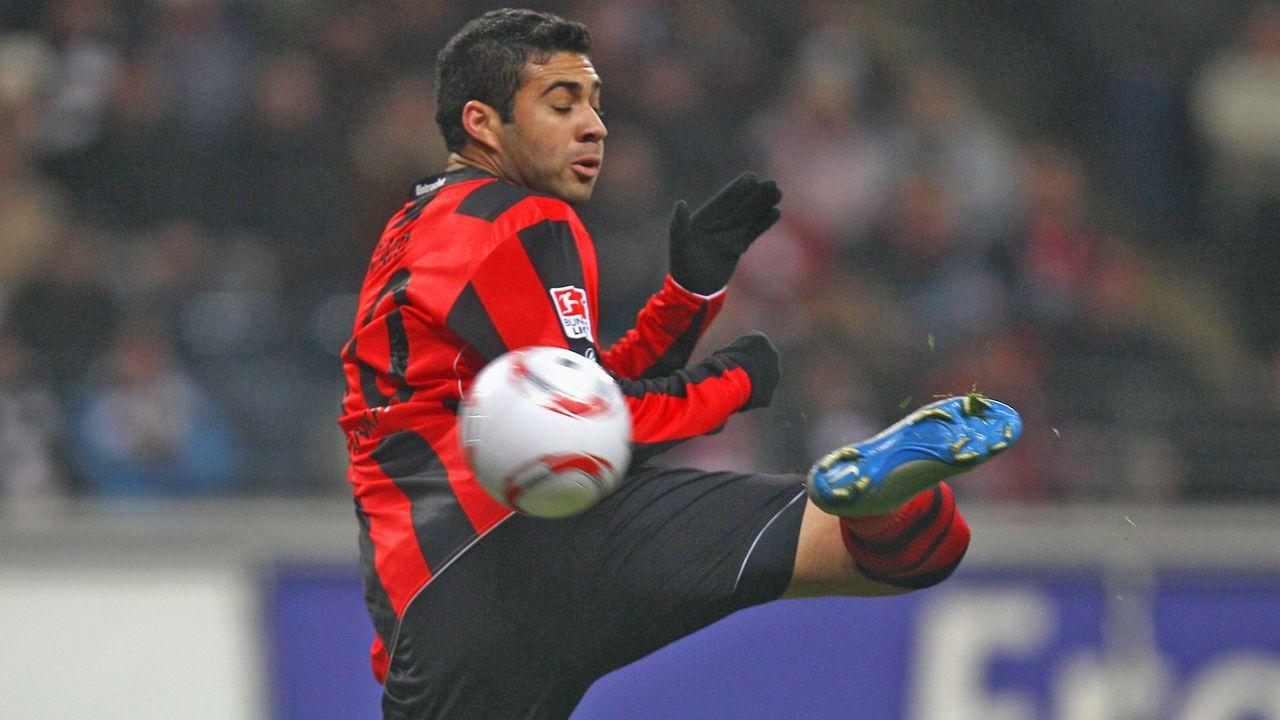 Bank: Caio (Eintracht Frankfurt) - Bildquelle: 2011 Getty Images