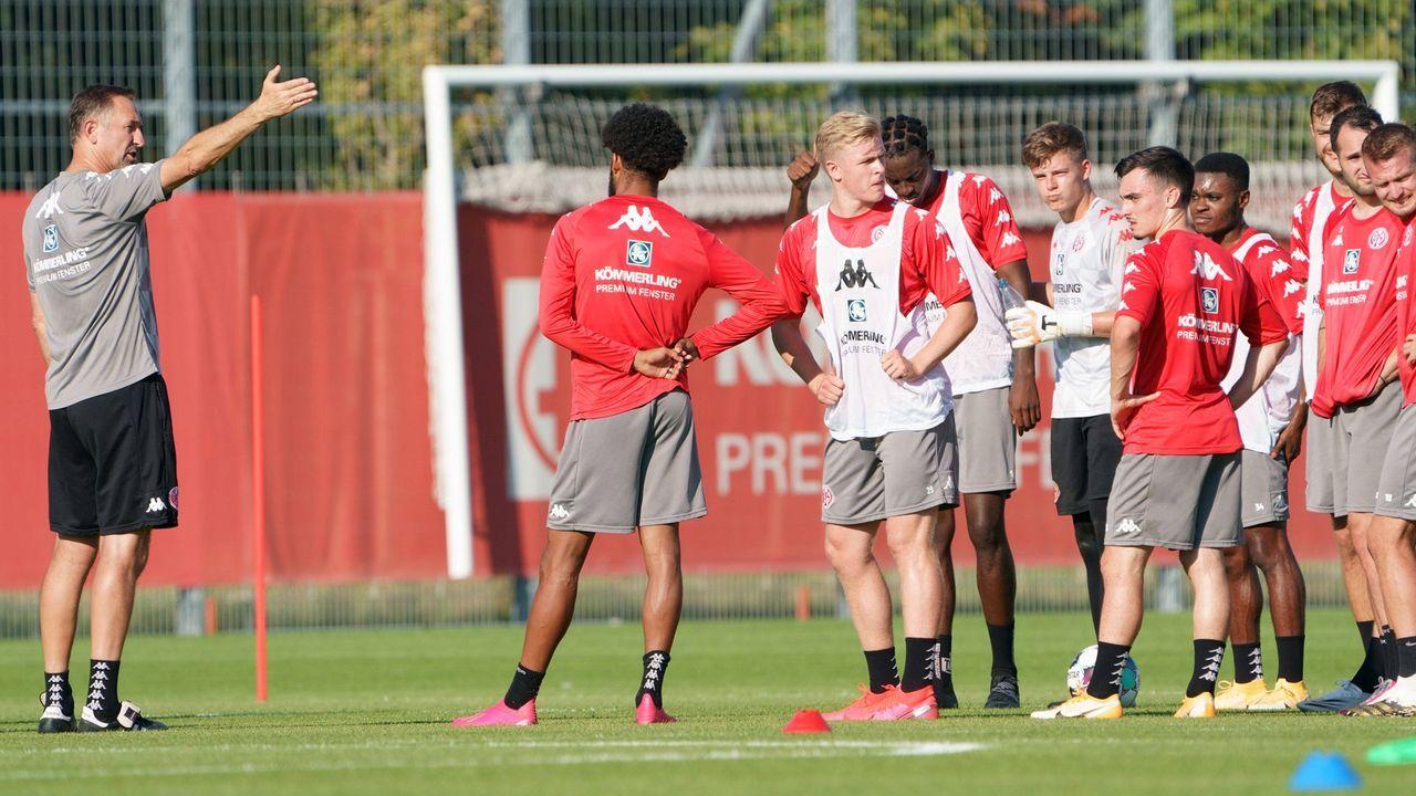 Mainz 05 - Bildquelle: imago images/Martin Hoffmann