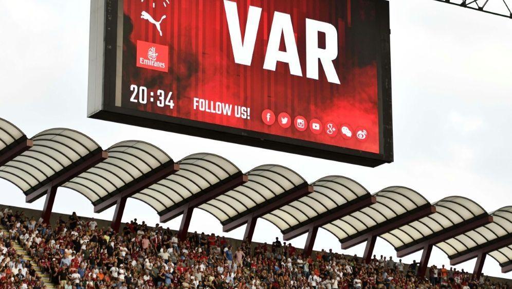 Serie B: Videobeweis wird in kommender Saison eingeführt - Bildquelle: PIXATHLONPIXATHLONSID