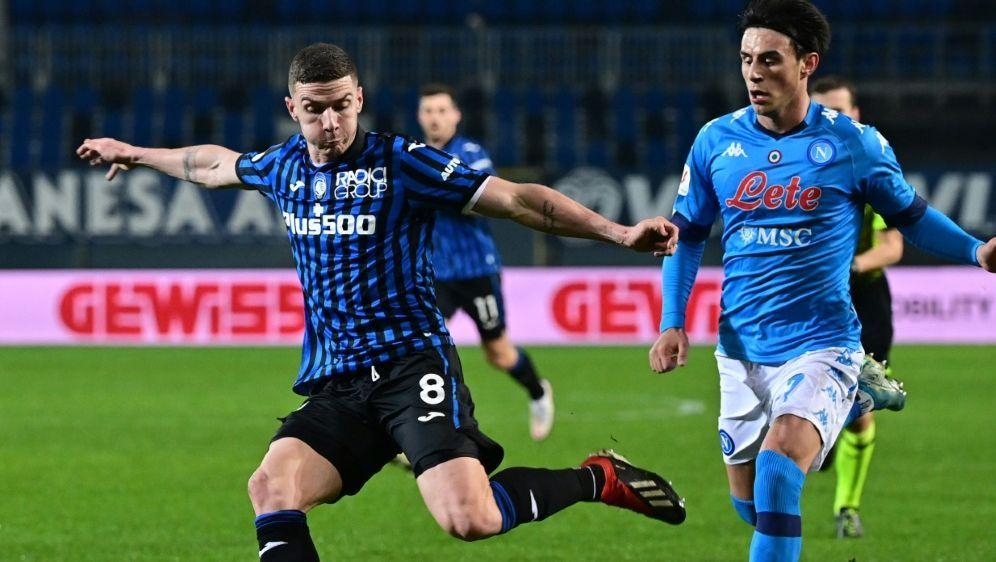 Italienische Presse lobt Nationalspieler Gosens (l.) - Bildquelle: AFPSIDMIGUEL MEDINA