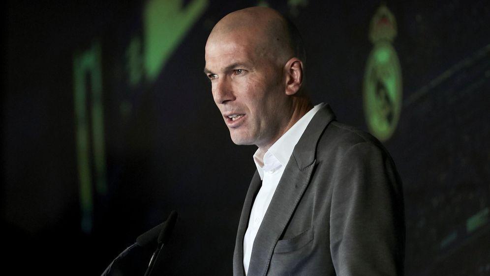 Real Madrid: Zidane wieder auf dem Trainingsplatz - Bildquelle: Imago