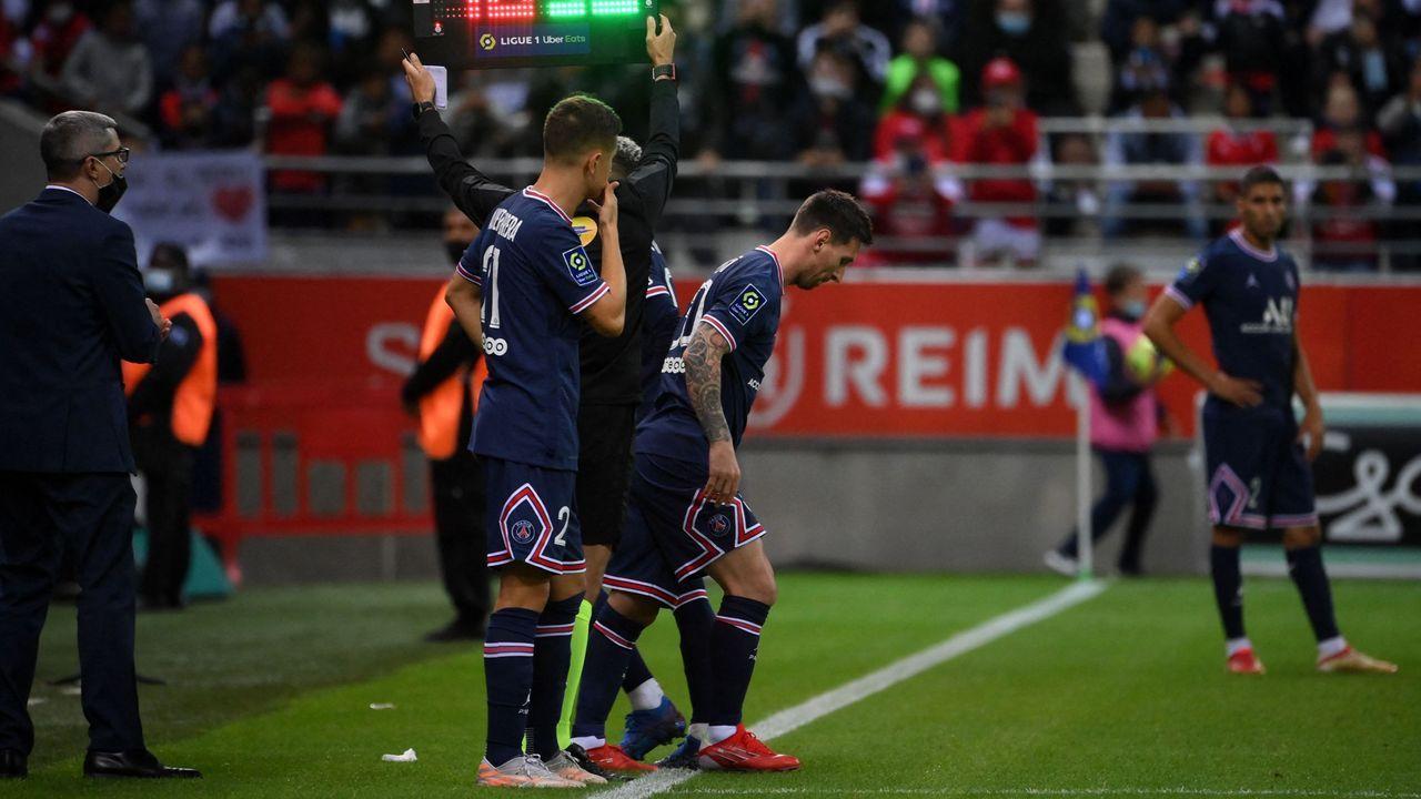 Erster Auftritt in der Ligue 1: Lionel Messi debütiert für Paris St.-Germain - Bildquelle: twitter.com/UEFAcom_de