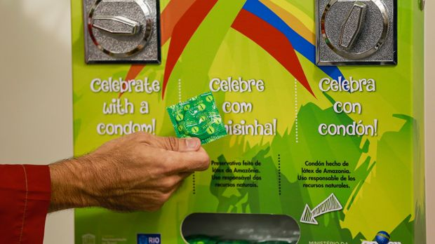 Kondom-Krise - Bildquelle: 2016 Getty Images