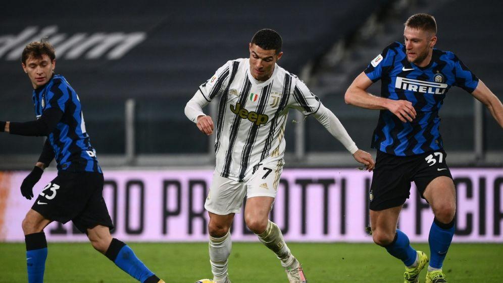 Auch Juve und Inter fordern Rücktritt von Paolo Dal Pino - Bildquelle: AFPSIDMARCO BERTORELLO