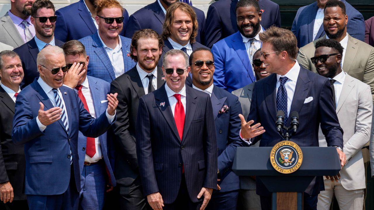 Tom Brady mit Comedy-Auftritt - Bildquelle: 2021 Getty Images