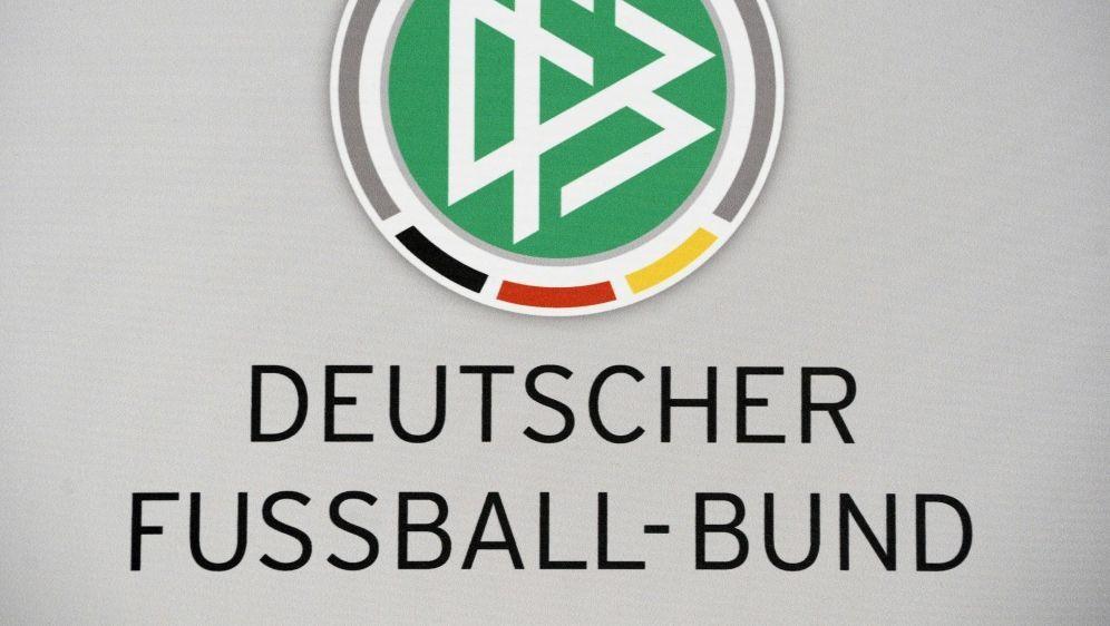 Der DFB trauert um Horst Hilpert - Bildquelle: AFPSIDJOHN MACDOUGALL