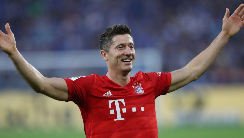 Robert Lewandowski verlängert bis 2023 beim FC Bayern - Bildquelle: FIROFIROSID
