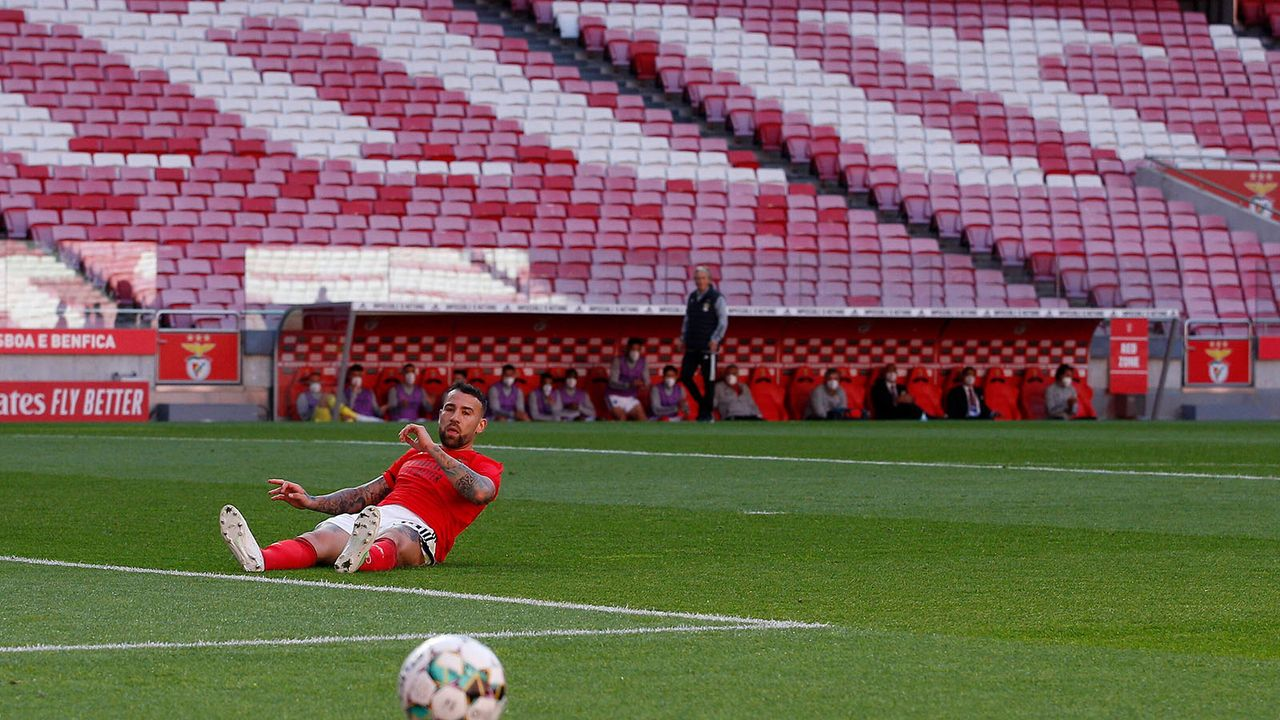 Platz 4: Nicolas Otamendi (15 Millionen Euro) - Bildquelle: imago images/Pro Sports Images