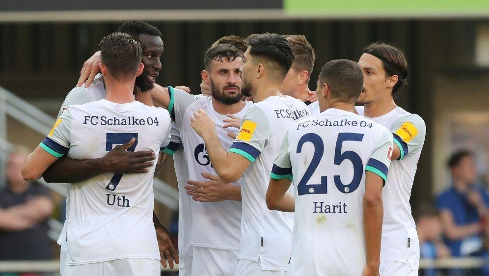 Schalke klettert nach dem Sieg auf Tabellenplatz sechs - Bildquelle: FIROFIROSID