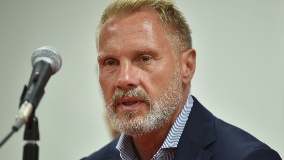 Fink hofft auf Bundesliga-Rückkehr - Bildquelle: AFPSIDKAZUHIRO NOGI