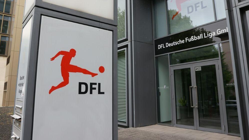 Lehrgang für Fußball-Manager soll verpflichtend werden - Bildquelle: FIROFIROSID