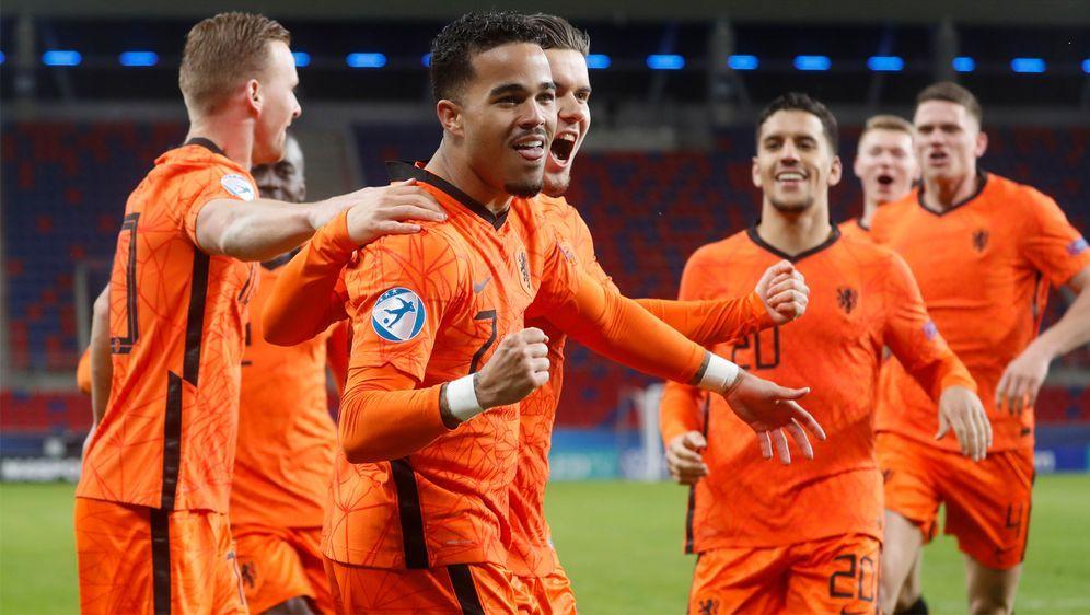 6:1 gegen Ungarn: Die Niederlande darf jubeln. - Bildquelle: Imago Images