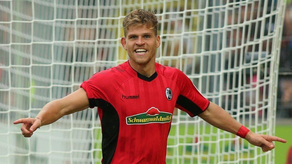 Florian Niederlechner wechselt zum FC Augsburg - Bildquelle: FIROFIROSID