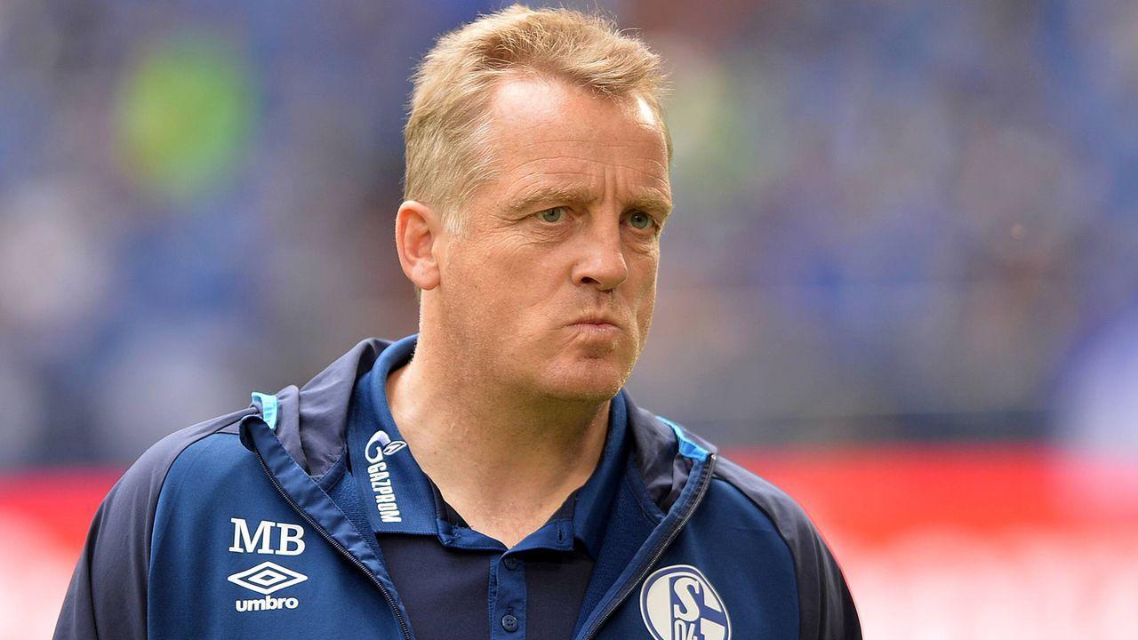 Mike Büskens (FC Schalke 04, Betreuer der Leihspieler) - Bildquelle: imago images / DeFodi