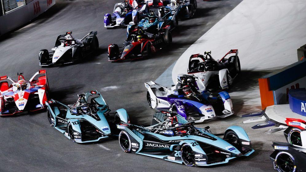 Die Gen2-Autos werden in der Saison 2022/23 von der Gen3 abgelöst. - Bildquelle: Motorsport Images