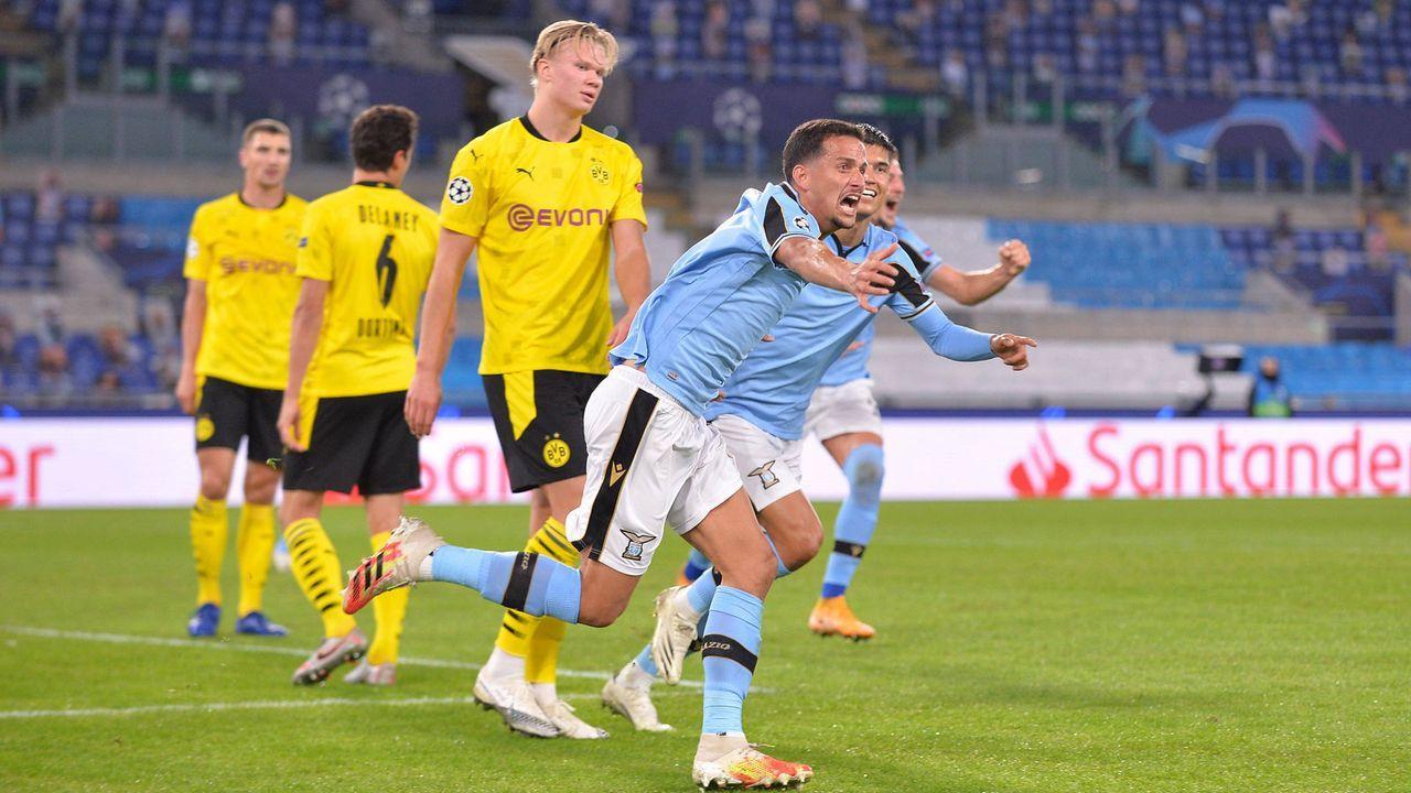 Dortmund tut sich schwer - Bildquelle: imago images/Revierfoto