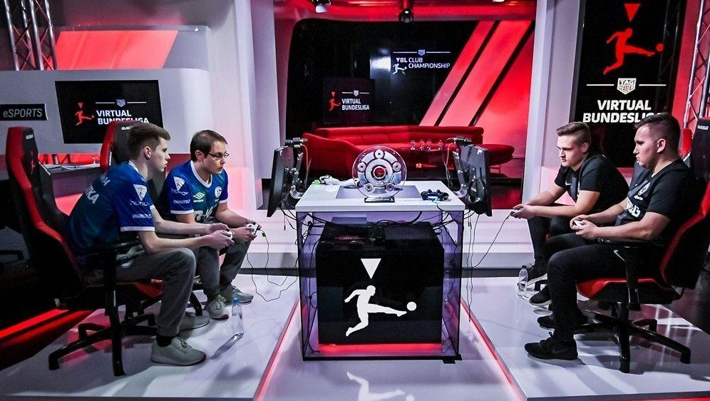 Seit 2012 wird die Virtual Bundesliga (VBL) ausgetragen - Bildquelle: FIROFIROSID