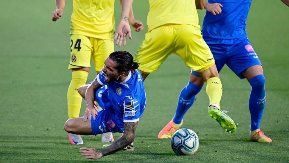 Getafe (blau) und Villareal (gelb) schenkten sich nichts - Bildquelle: AFPSIDJAVIER SORIANO