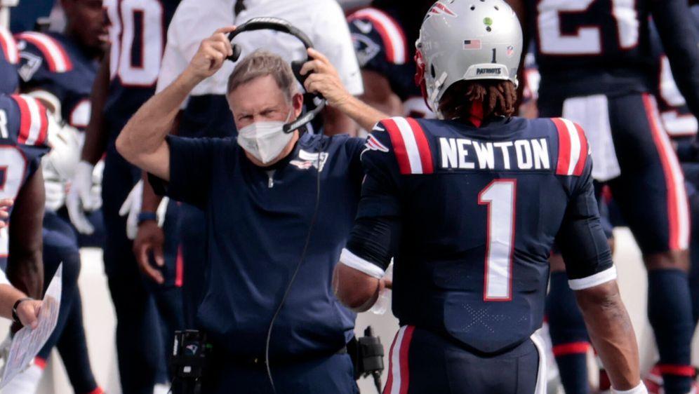 Bill Belichick und Cam Newton. - Bildquelle: imago images/Icon SMI