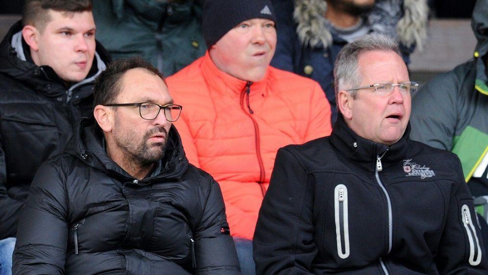 Auch unter Neu-Trainer Wollitz bleibt Magdeburg sieglos - Bildquelle: FIROFIROSID