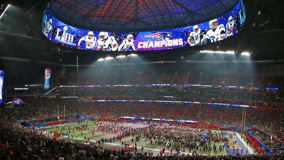 Beim Super Bowl, dem wohl größten Medienereignis der Welt, sollen wohl die W... - Bildquelle: imago