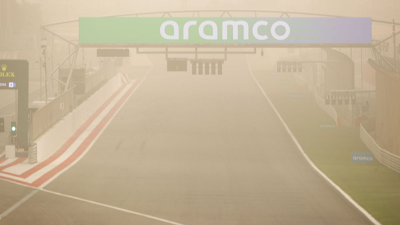Bahrain-Tests: Sandsturm zieht auf - Bildquelle: Getty Images