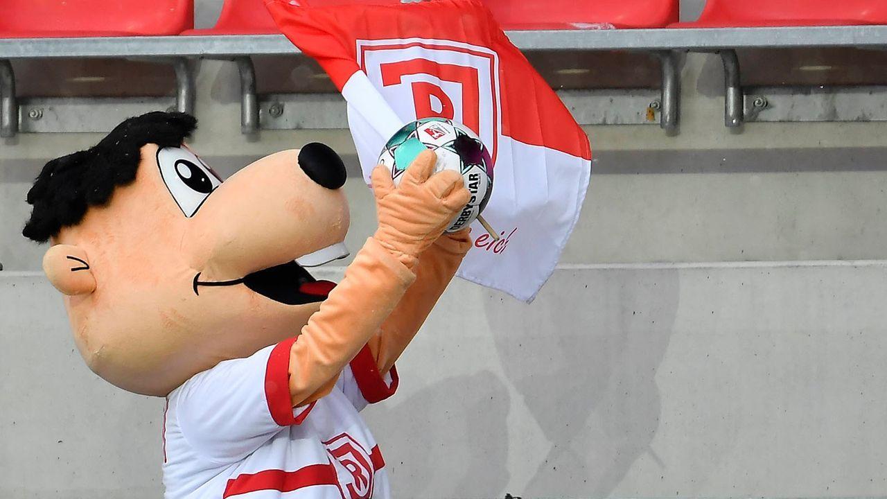 Jahn Regensburg (14. Platz - 34 Punkte) - Bildquelle: imago images/Zink