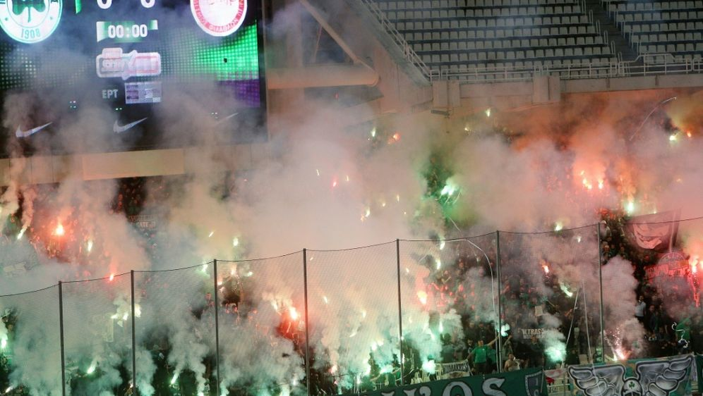 Panathinaikos werden drei Punkte abgezogen - Bildquelle: firo Sportphotofiro SportphotoSID