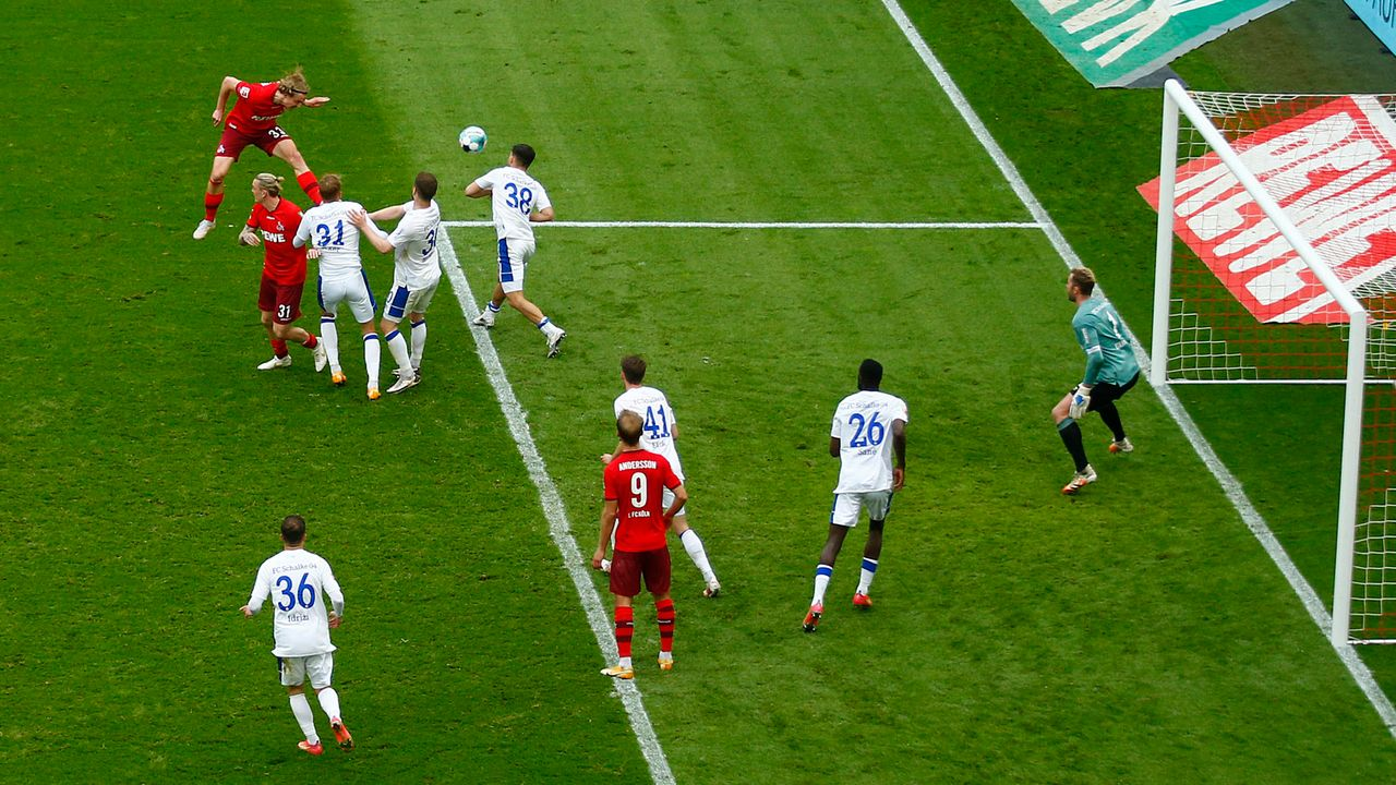 86. Minute: 1:0 Köln! Bornauw lässt Köln explodieren - Bildquelle: 2021 Getty Images