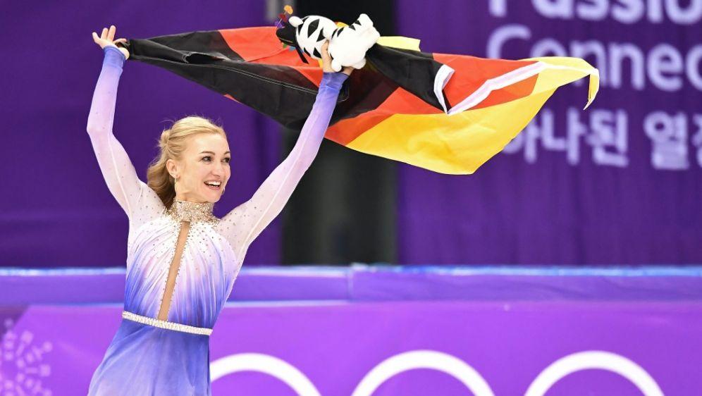 Savchenko nach ihrem Olympiasieg 2018 - Bildquelle: AFPSIDARIS MESSINIS