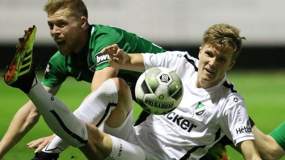 Fabian Kunze (r.) wechselt zu Arminia Bielefeld - Bildquelle: FIROFIROSID