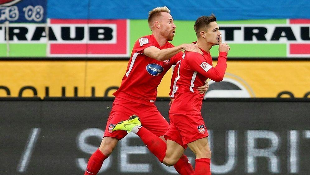 Matchwinner: Dovedan (r.) traf doppelt gegen Duisburg - Bildquelle: FIROFIROSID