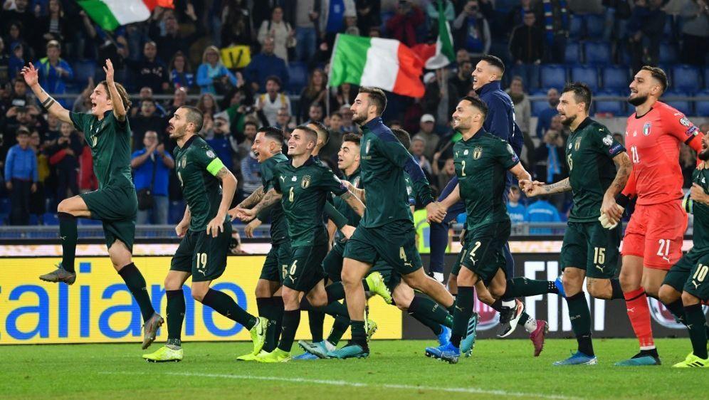 Italien beginnt mit Impfung der Nationalspieler - Bildquelle: AFPSIDALBERTO PIZZOLI