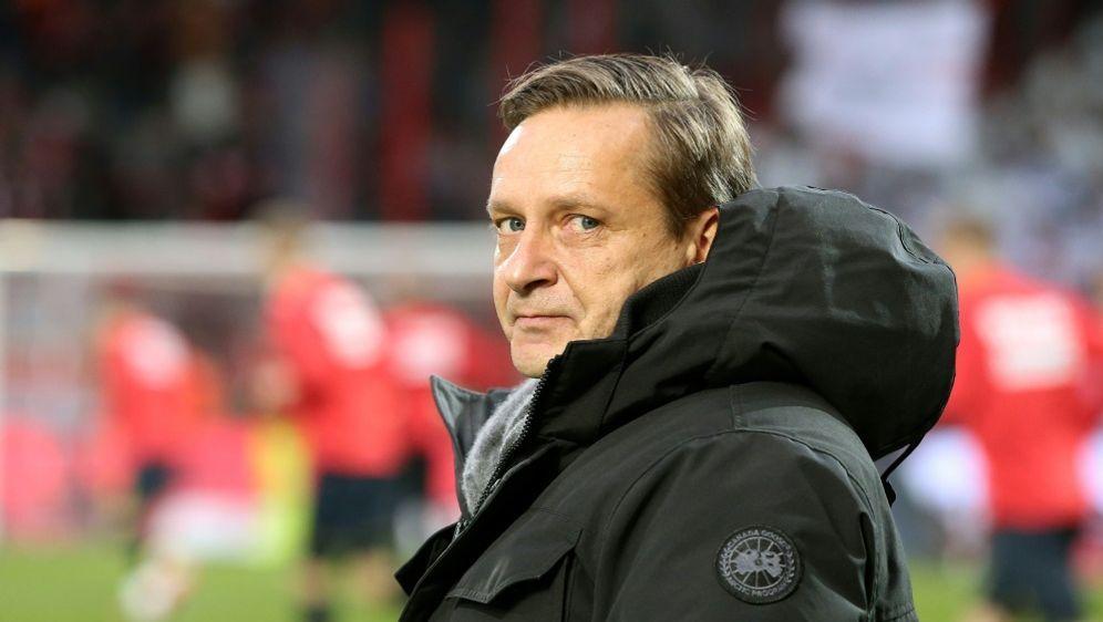 Horst Heldt kritisiert Klinsmann scharf - Bildquelle: PIXATHLONPIXATHLONSID