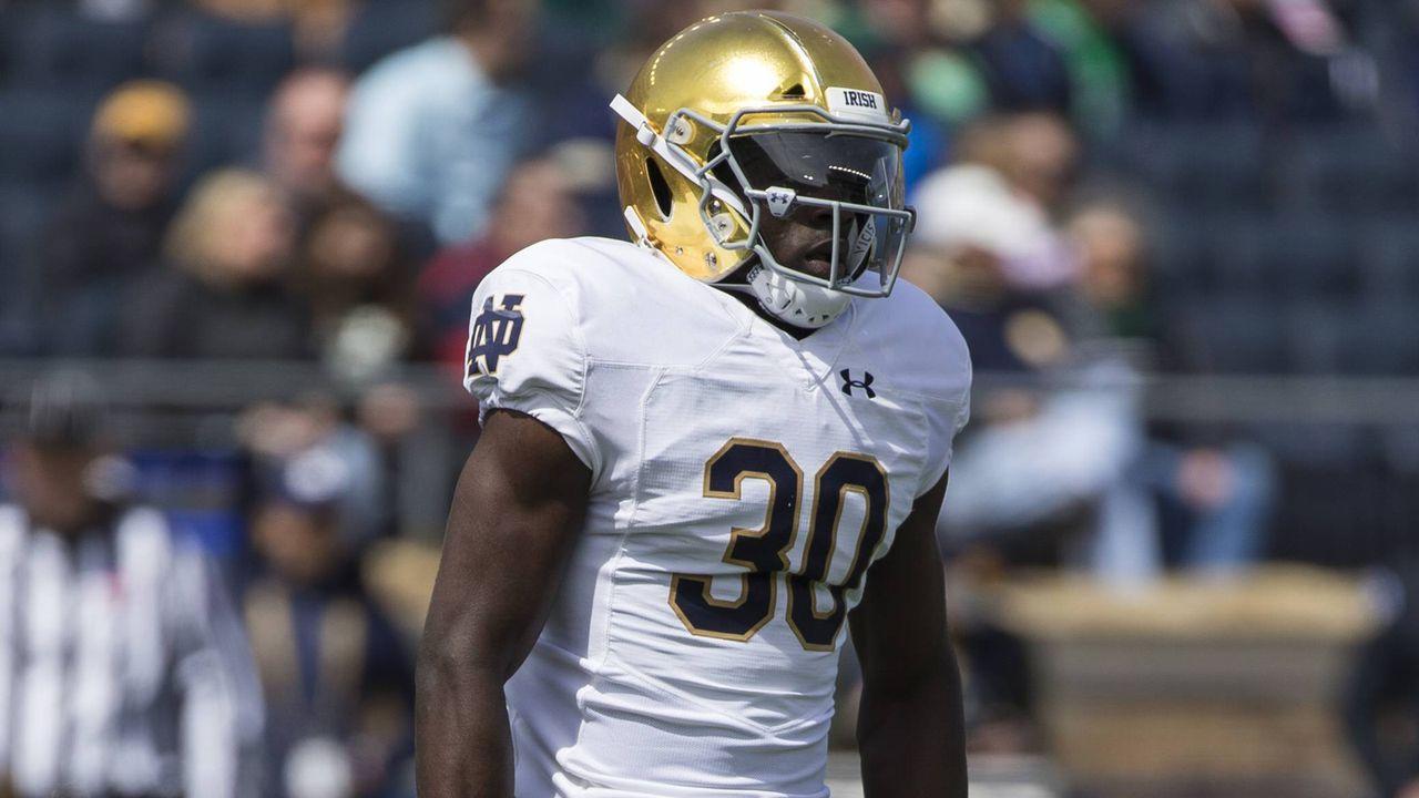 Pick 26: Jeremiah Owusu-Koramoah (Linebacker, Notre Dame) - Bildquelle: imago images / ZUMA Press